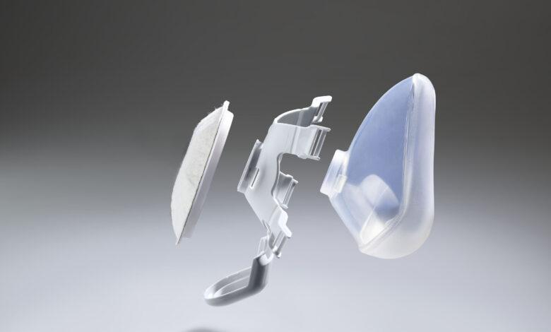 Agregan protección adicional a la mascarilla Arburg contra el COVID-19
