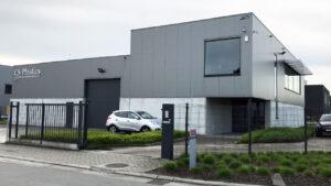 Negri Bossi firma un acuerdo de agencia con CS Plastics