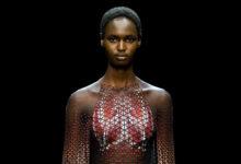 Iris van Herpren: alta costura hecha de plástico oceánico