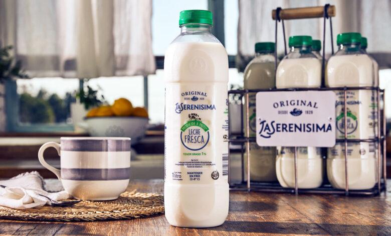 Botellas transparentes de PET/PCR: la novedad de Amcor para el mercado lácteo argentino