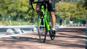 Inauguran la primera ciclovía hecha con plástico de México