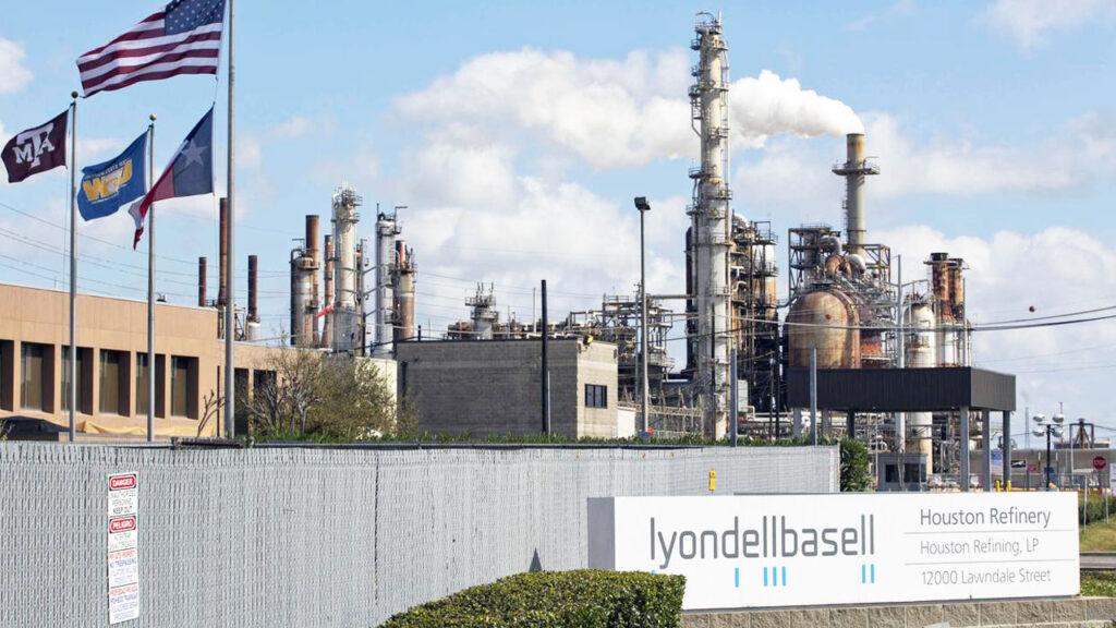 LyondellBasell inicia producción de polímeros a partir de residuos plásticos