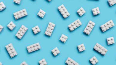 Así es el primer prototipo de ladrillo Lego hecho con plástico reciclado