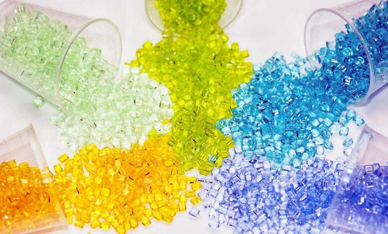 Escasez de materias primas golpea Europa, ¿cuánto pueden encarecer los productos plásticos?