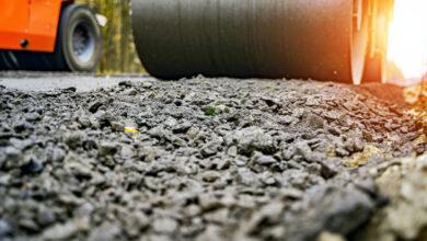 Agregar desechos plásticos al asfalto genera beneficios ambientales