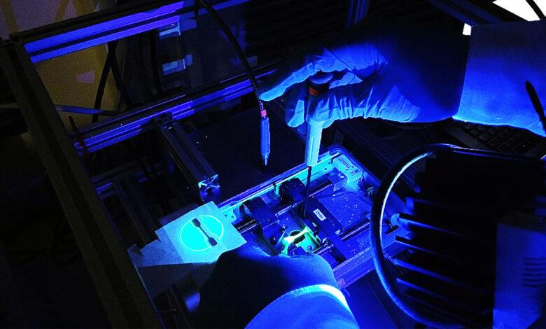 Nueva molécula de tinte visualiza el estrés en plásticos