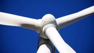 Además de que el plástico es un material sustentable, también aporta para generar energía limpia