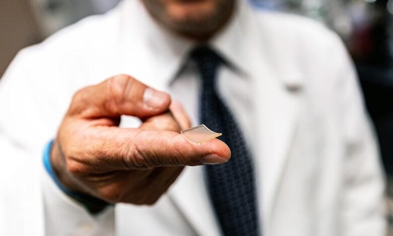 Científicos crean un parche de vacuna impreso en 3D